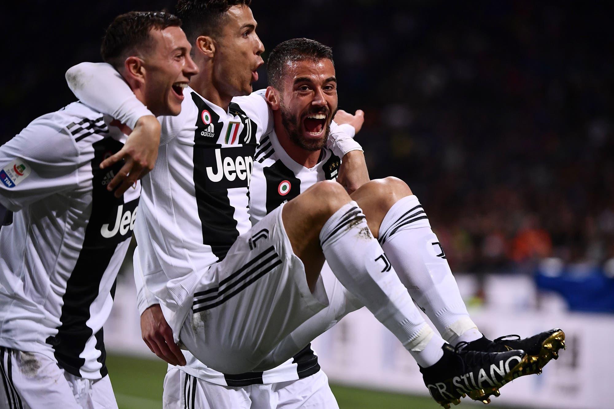 Perlitas de Europa: el gol 600 de Cristiano Ronaldo, el Leeds de Bielsa contra las cuerdas y un raro despido