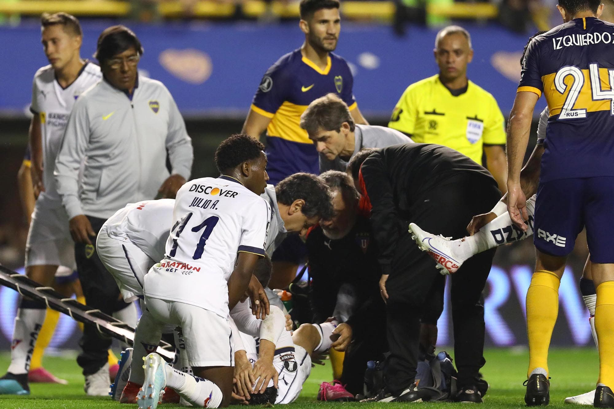 Boca-Liga de Quito: la escalofriante lesión que sufrió Christian Cruz (no apta para impresionables)