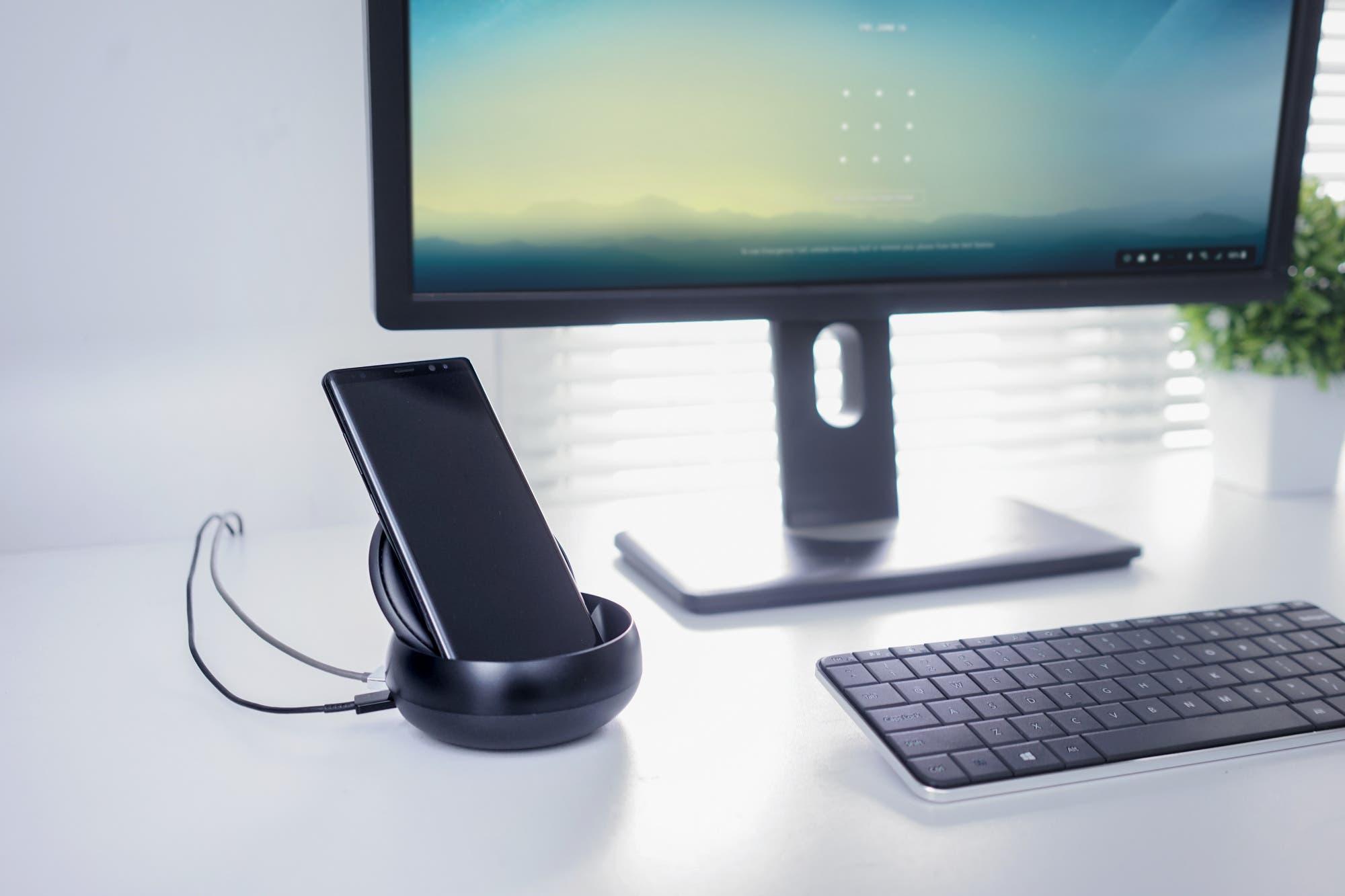 Una pantalla extra: Samsung y LG planean lanzar un monitor portátil para celulares