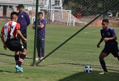 Biscay y Gallardo, siguiendo de cerca un partido de las inferiores: una postal habitual de los últimos años