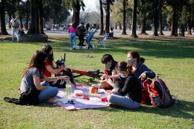 Se vieron bicicletas, reposeras y manteles para hacer picnics