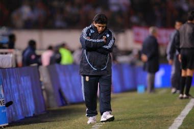 Como entrenador de la selección, frente a Colombia, en junio de 2009