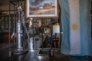 El torito tiene la reja original de las pulperías de la provincia de Buenos Aires (Foto Santiago Filipuzzi)