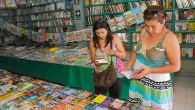La población de Perú lee en promedio menos de un libro al año.