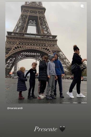 Wanda Nara publicó una imagen en la Torre Eiffel, donde ahora se encuentra instalada junto a sus cinco hijos