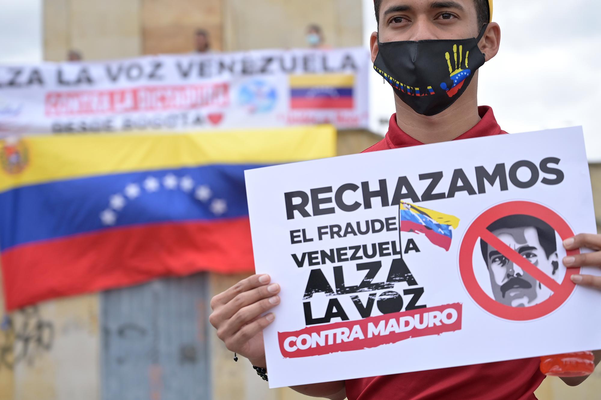 Con apoyo de EE.UU., la oposición venezolana apuesta a la consulta para presionar a Nicolás Maduro