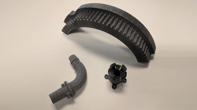Piezas de maquinaria hechas con impresoras 3D