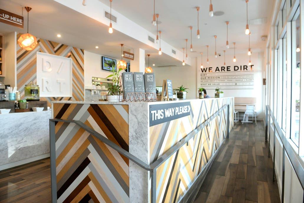 El lugar de comida saludable, Dirt
