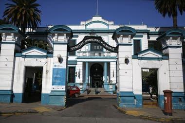 En el predio del Hospital Muñiz se construiría el Complejo Hospitalario Sur