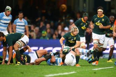 Faf de Clerc, dominante: los Pumas se vuelven de Sudáfrica con una derrota