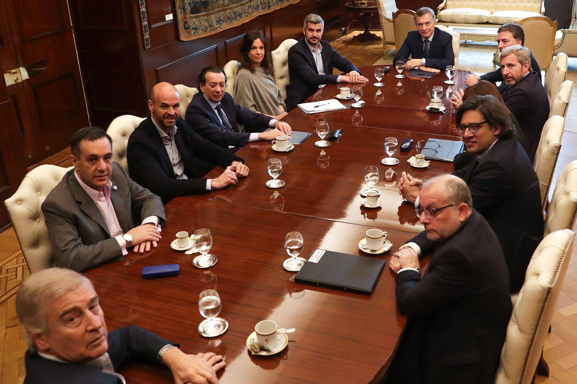 Los días de silencio de Marcos Peña: el giro de la comunicación oficial, la defensa de Durán Barba y los nuevos voceros