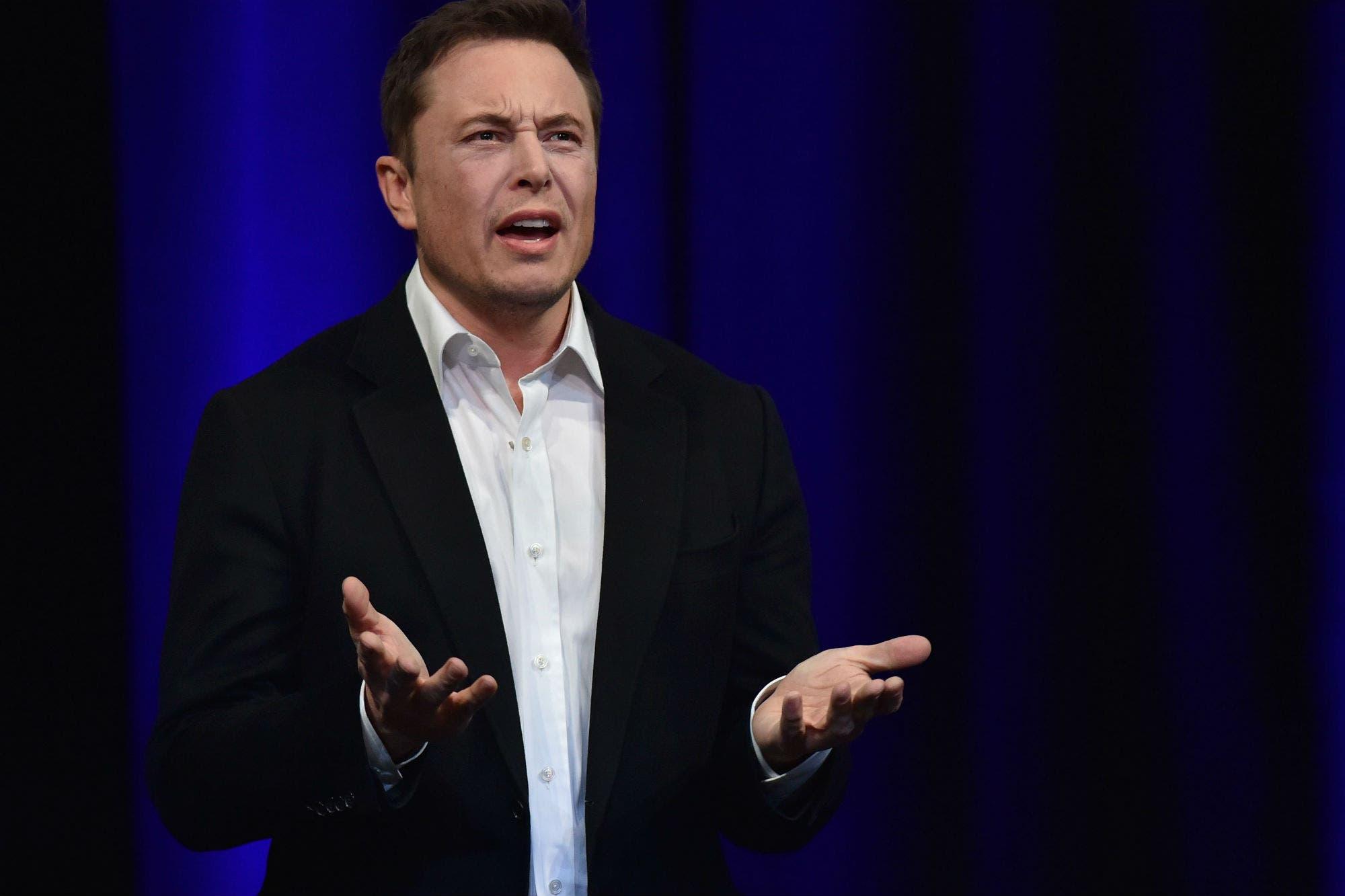 Elon Musk ofrece respiradores gratis a hospitales de todo el mundo y recibe el pedido de un ministro de Salta por Twitter