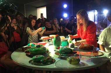 Nicola Costantino hizo sus tortas artísticas, que el fin de semana se vendieron a $ 1800 pesos el kilo