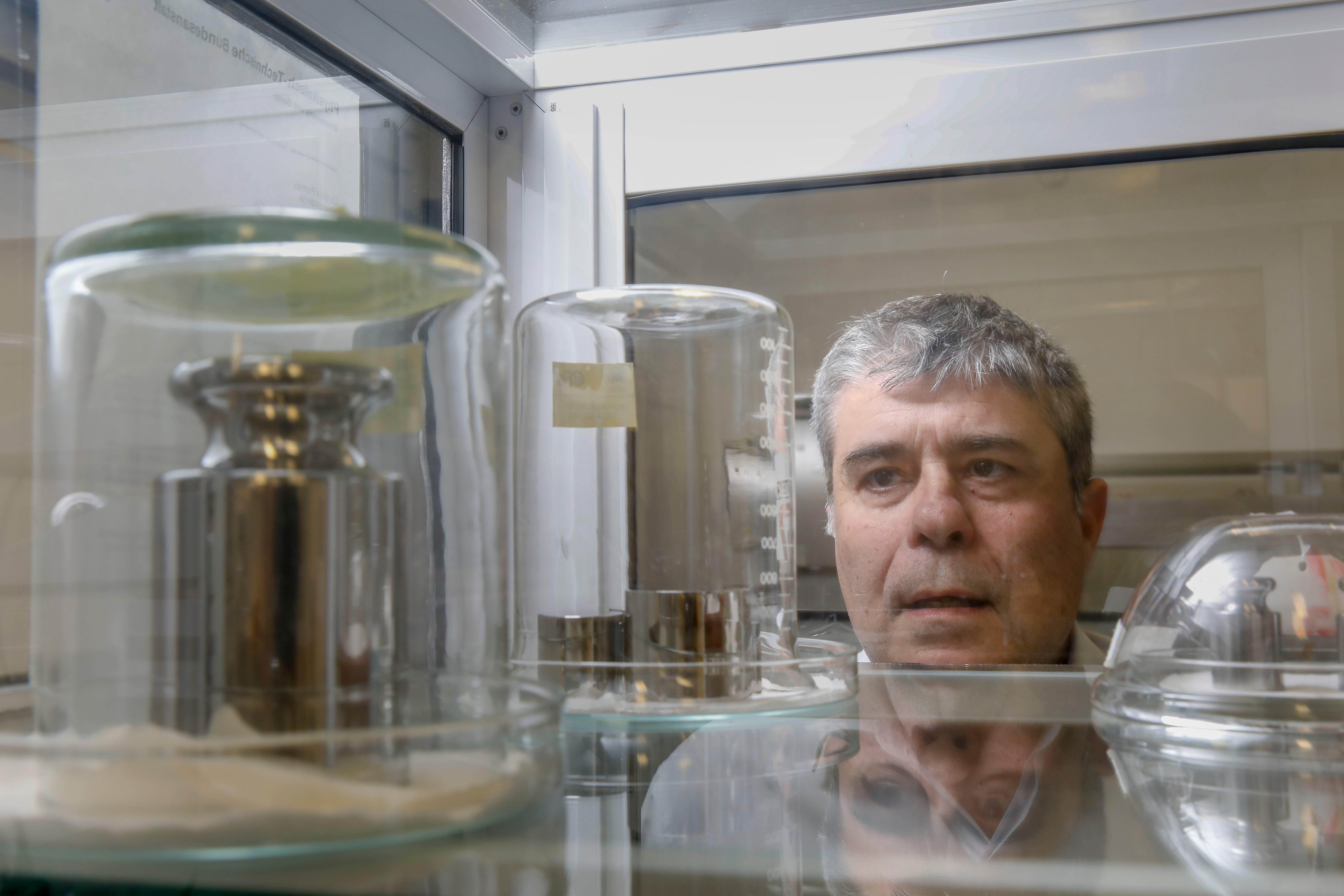 Cumbre histórica en París: redefinen el kilogramo y otras tres unidades de medida