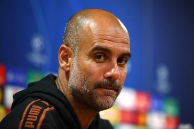 """""""¡Desconfíen!"""", dice Guardiola, informado por sus ojeadores, a quienes creen que Lyon es un equipo débil; el entrenador español no vería como a """"un desastre"""" no ganar la Champions League en Manchester City."""