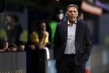 Russo dirigió en la cancha a Boca por primera vez tras la reanudación