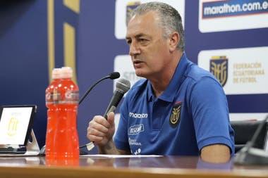 En conferencia de prensa Alfaro analizó el partido y contó que será muy especial para él por tratarse de la selección de su país y por jugarse en la Bombonera