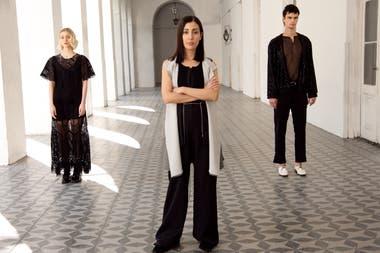 La diseñadora Andrea Urquizu junto a sus modelos