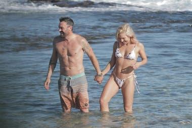 Brian Austin Green y su nueva novia, Sharna Burguess