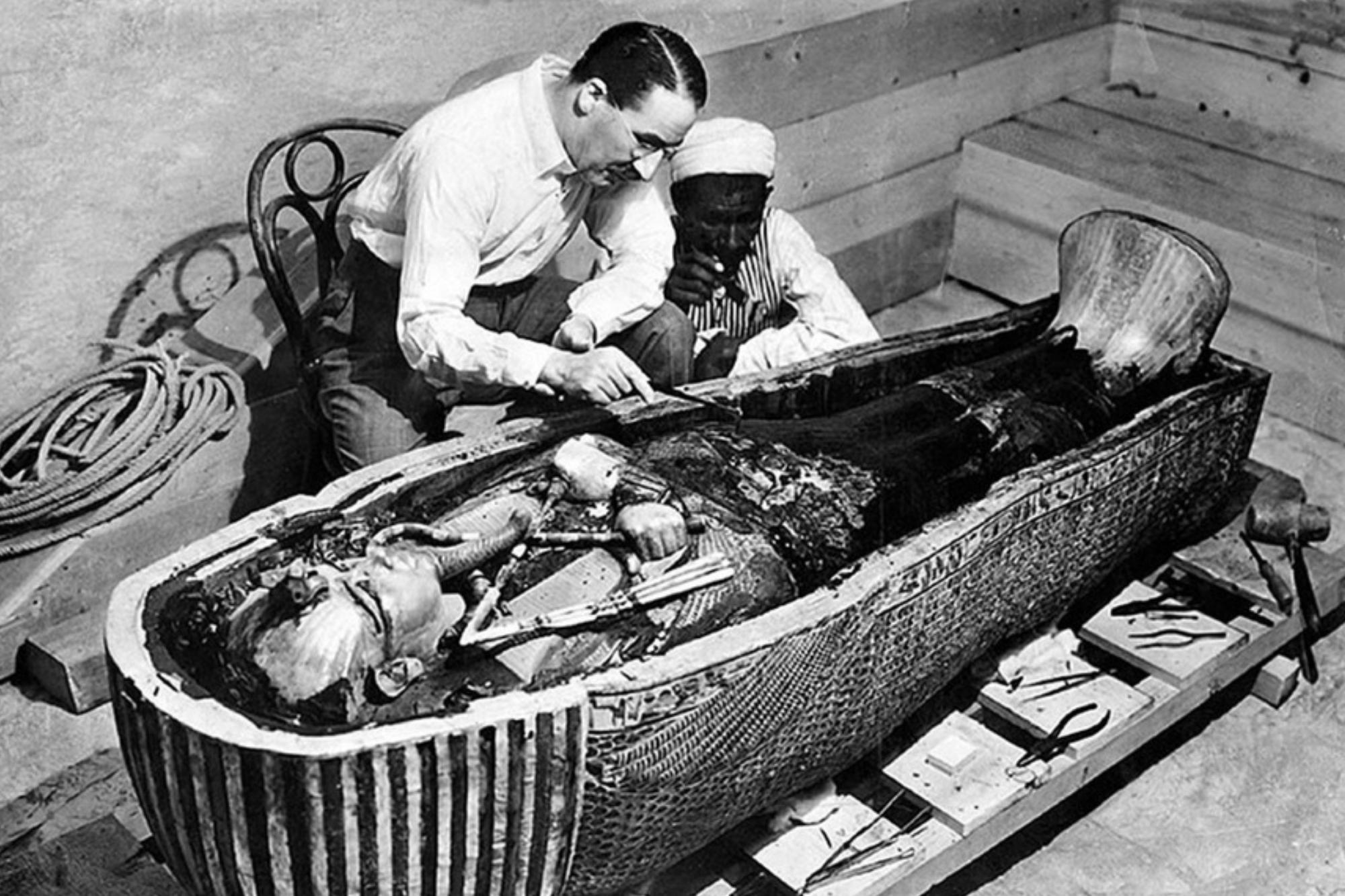 El extraño material espacial que fue hallado en la daga de Tutankamón