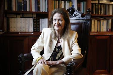 La jueza Elena Highton encabeza en la Corte la Oficina de la Mujer, que dirigió Carmen Argibay hasta su fallecimiento, y la Oficina de Violencia Doméstica