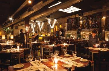 Gran Bar Danzón está de festejo por sus veinte años de vida