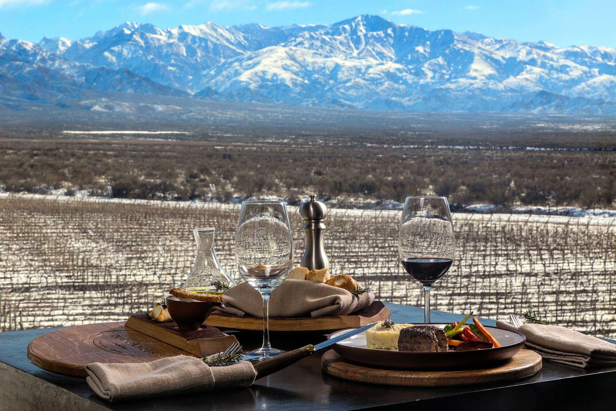 Mendoza: los mejores restaurantes en bodegas - LA NACION