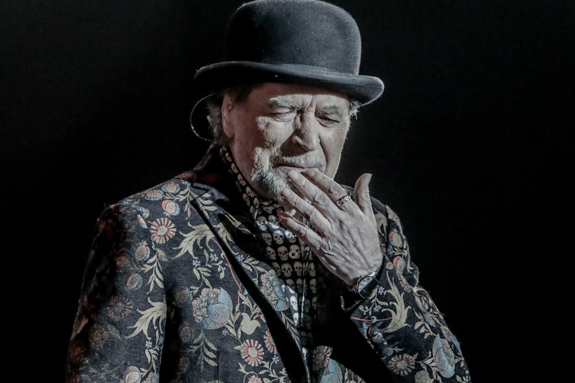 Dieron de alta a Joaquín Sabina tras la operación por su caída en un concierto