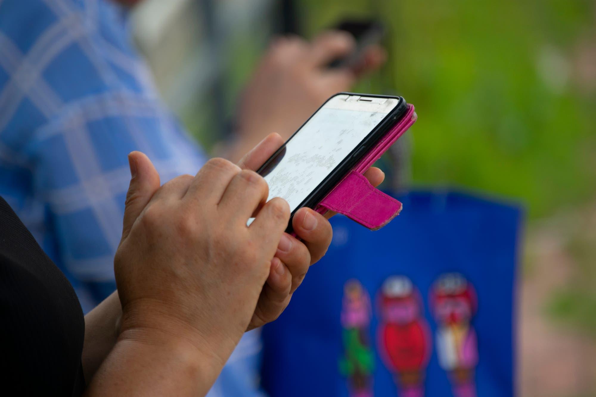 Cómo activar los subtítulos automáticos en los teléfonos con Android 10
