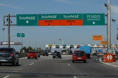 Desde el 28 de agosto será obligatorio el uso del Telepase como única alternativa para circular por las autopistas porteñas