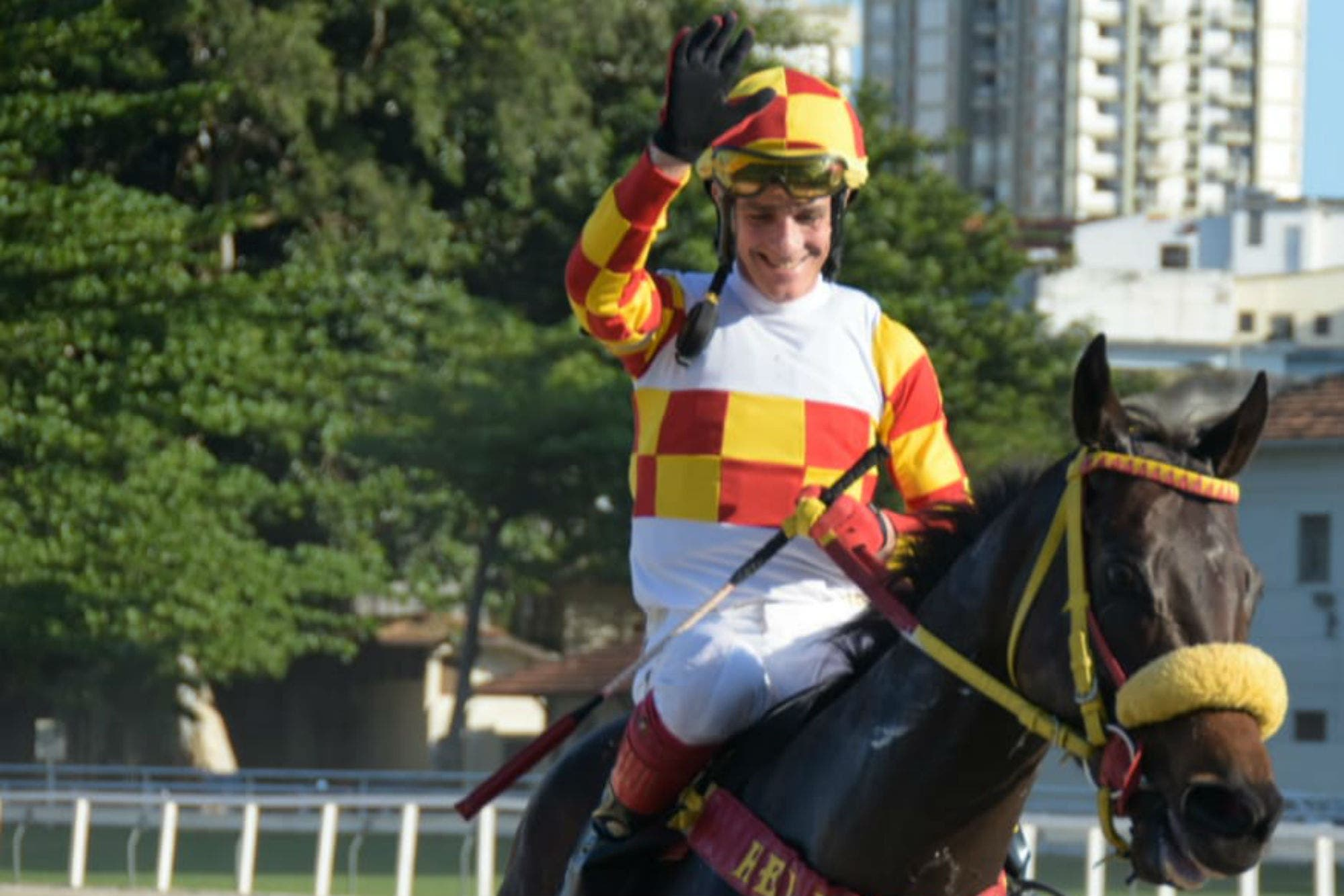 Jorge Ricardo, el jockey voraz que llevó su increíble récord hasta los 13.000 triunfos