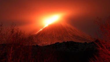 La región de Kamchatka tiene cerca de 20 volcanes activos.