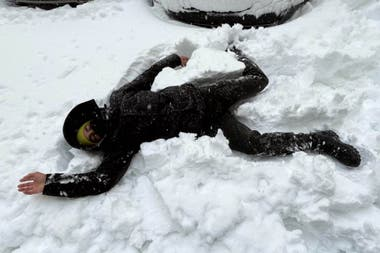 El Chino Darín se divierte en una Madrid nevada