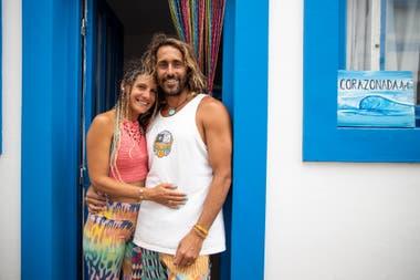Esteban Saulino, de 40 años, está en pareja con Patricia Ruiz, de 39, hace casi una década, y desde que empezó la pandemia se quedaron a vivir en Ostende