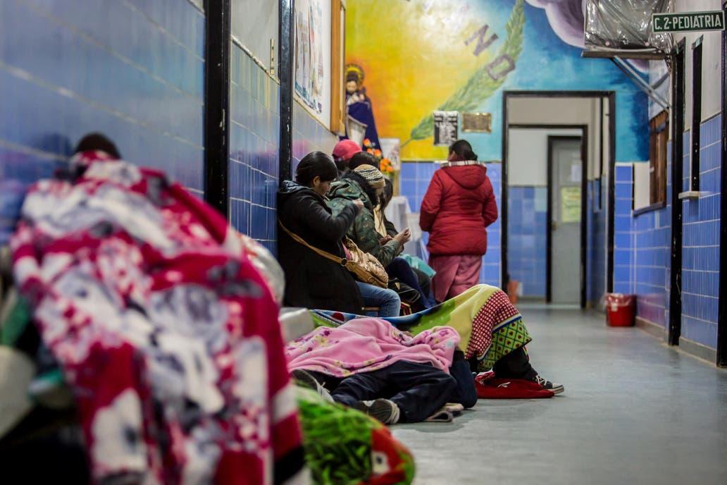 El debate por la gratuidad de la atención médica a extranjeros resurgió a partir de la decisión de Jujuy de comenzar a cobrarles a los ciudadanos bolivianos que se atiendan en sus hospitales públicos