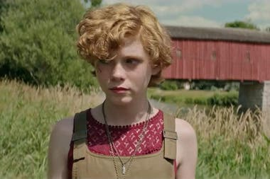 Sophia Lillis se destacó en la primera parte de It, de Andy Muschietti y también fue la joven Camille Preaker (Amy Adams) en Sharp Objects