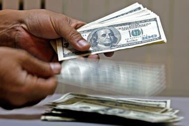El anuncio de las entrevistas del Tesoro tranquilo en el dólar, que bajó 1.2%.