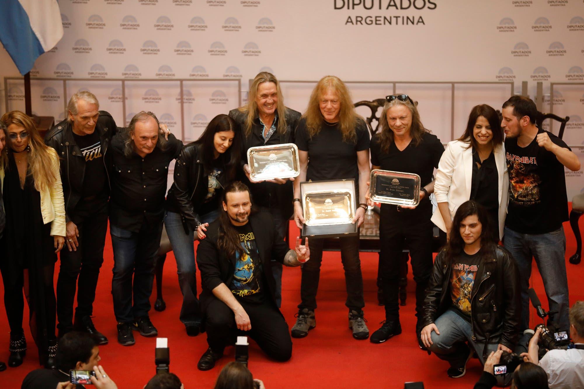 Por iniciativa de Victoria Donda, homenajearon a Iron Maiden en el Congreso Nacional