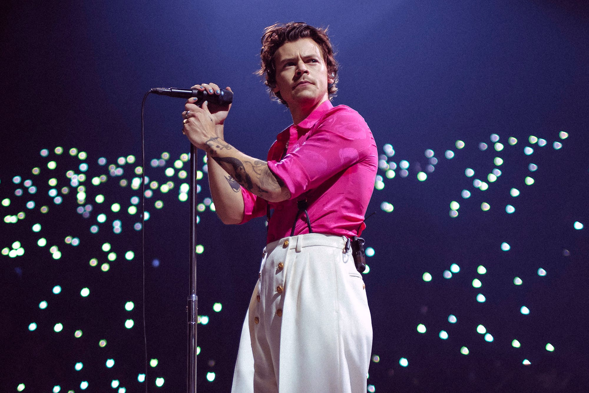 Harry Styles es un dios del rock y un caballero en su nuevo disco, 'Fine Line'