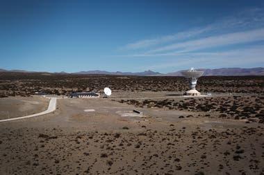 La estación especial china está construida en un predio de 200 hectáreas al noroeste de Neuquén