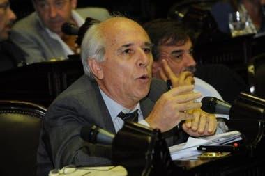 Eduardo Santin, titular del IPS bonaerense, fue diputado provincial y nacional por la UCR