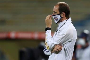 Somoza dirigió a Boca en dos partidos: ganó ambos, con tres goles convertidos y la valla invicta