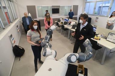 Un taller de robótica recién inaugurado en La Escuela Técnica N°6, de San Nicolás