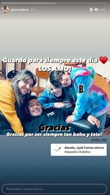 En sus historia de Instagram, Gianinna compartió una foto junto a su hijo, Benjamín, Diego y Claudia