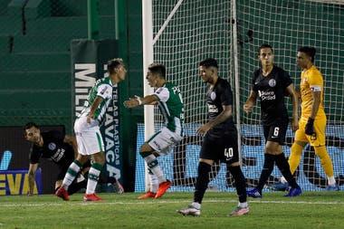 Banfield goleó 41- a San Lorenzo, lo dejó afuera de la definición de la Copa Diego Maradona y explotó todo en el Ciclón