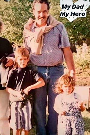 Una postal familiar: Daniel del Potro, de perfil muy bajo, junto con sus hijos, Juan Martín y Julieta; el papá del tenista falleció hoy, a los 63 años.